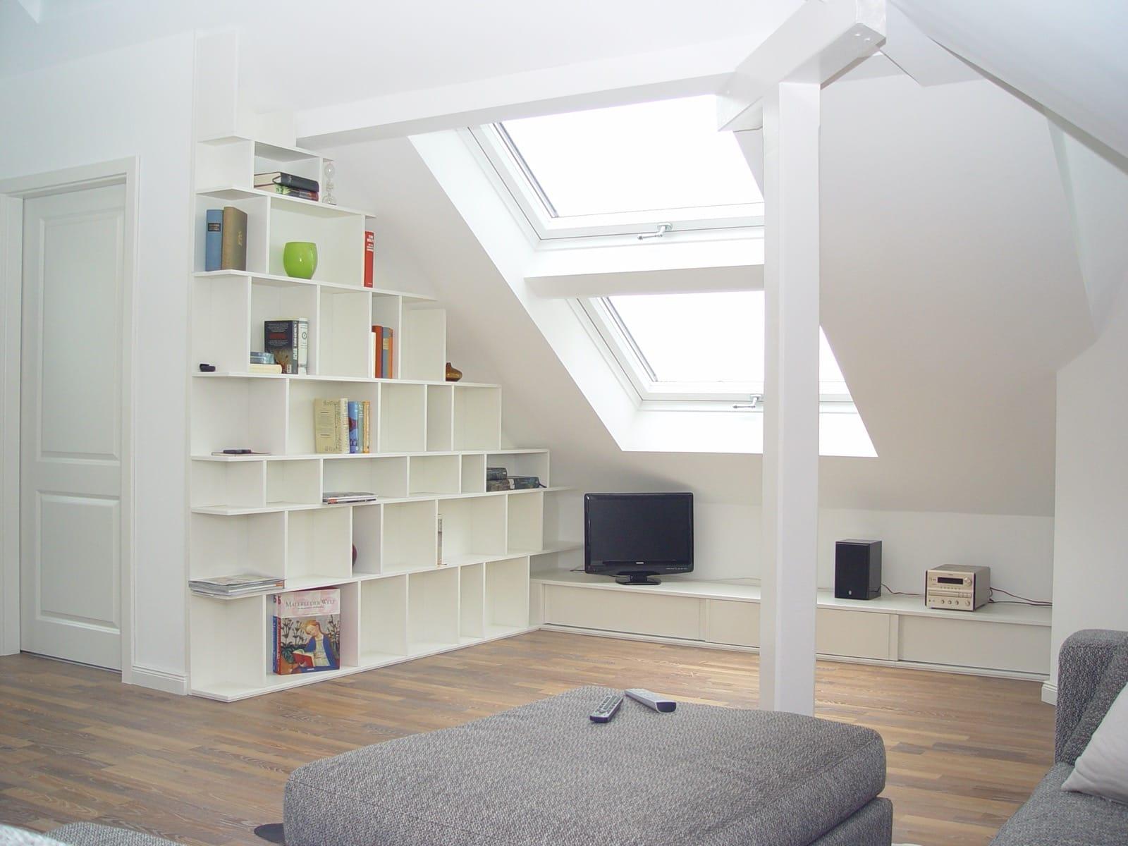 Wohnwand deckend weiß lackiert