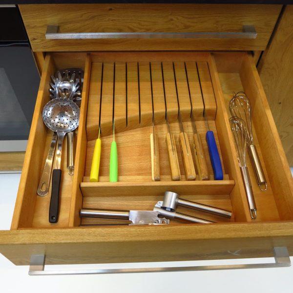 eine Messerschublade schont ihre besonderen Messer
