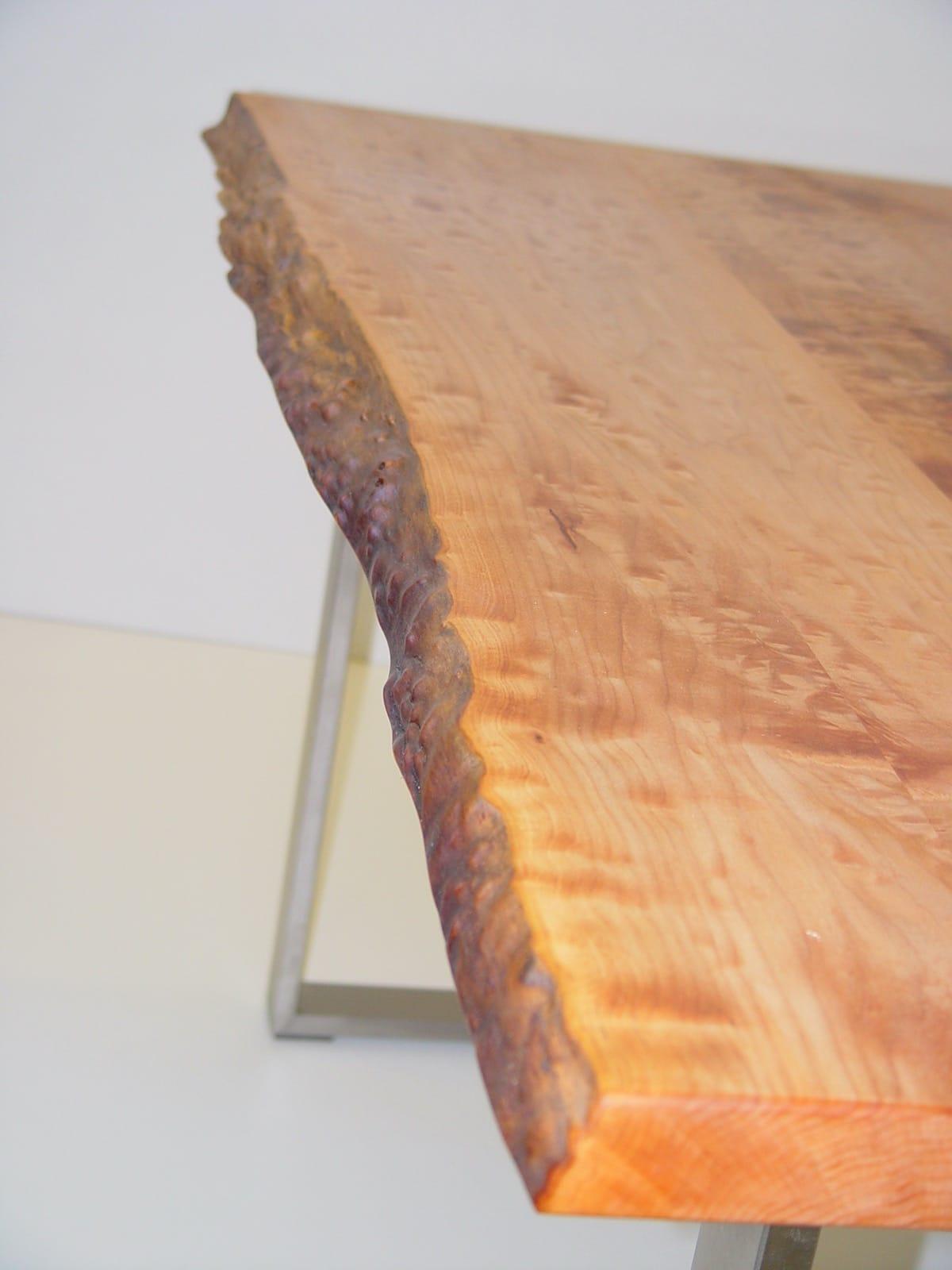 Tischplatte in Kirschbaum Wildholz mit Baumkante
