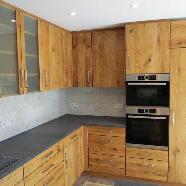 raumhohe Wohnküche mit besonderem Flair